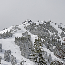 <p>Mt. Ashland is southern Oregon's skiing destination and offers twilight skiing with lighted runs. // © 2017 Creative Commons user <a...