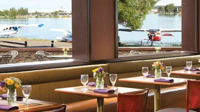 Flying Machine Restaurant features great views of floatplanes taking off nearby. // © 2015 The Lakefront Anchorage 2