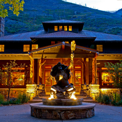 Kessler Canyon offers guests an intimate experience in pristine surroundings. // © 2013 Kessler Canyon