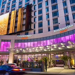 <p>Courtyard and Residence Inn Los Angeles L.A. LIVE sports a large, full-motion exterior screen to display feature content and advertising. // © 2014...