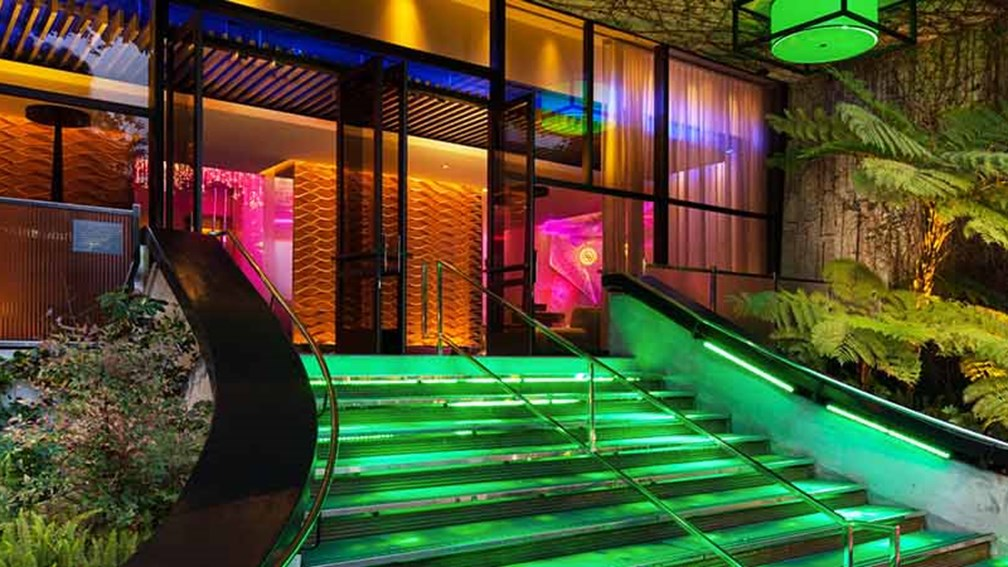 A Look At The Refreshed W Hotel West Beverly Hills