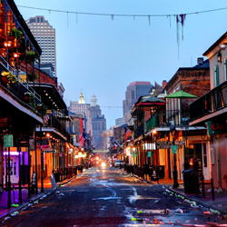 Explore the restaurants on Bourbon Street this holiday season. // © 2015 iStock