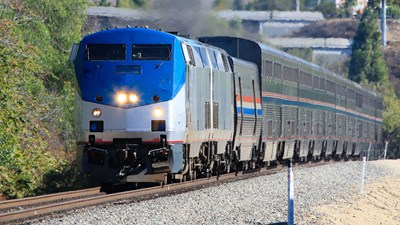 Amtrak Vacations and Railbookers Launch in Canada