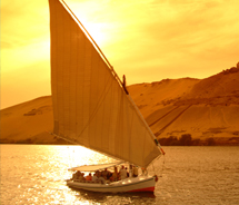 Many Egypt tour itineraries include Nile River cruises. // © 2011 Richard Nowitz / Abercrombie & Kent