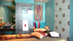 Each room at the spa is themed after a different chakra color. // (c) Spa Rosa