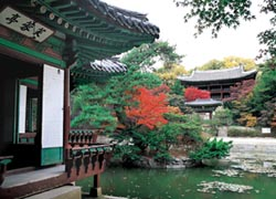 The Secret Garden at Changdeokgung Palace // (C) 2009 Korea Tourism Organization