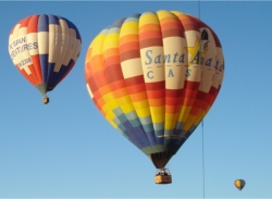 Hot air ballooning in Albuquerque // (c) Skye Mayring 2009