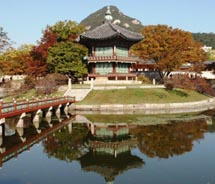 Gyeongbokgung Palace is an exquisite cultural gem located in the heart of Seoul. // © 2011 Pride Travel/S. Nathan DePetris