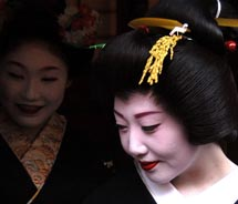 An apprentice geisha in the Gion District of Kyoto // (c) 2012 Q.Sawami/Japan National Tourist Office