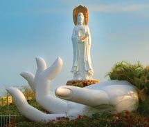 Hainan Island is a popular tropical getaway in Asia. // © 2012 Thinkstock