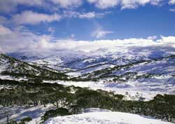 Australia's Alps are ideal for those looking for a unique experience. // © Tourism Australia