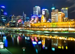 Melbourne's Central Business District at night// © 2009 Hai Linh Truong