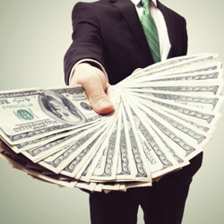 Earn $50 and $100 bonuses from Collette. // © 2014 Thinkstock