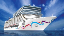 New Hull Design for NCL Epic // (c) 2009