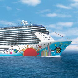 The Norwegian Breakaway is sailing roundtrip from New York City. // © 2013 Norwegian Cruise Line