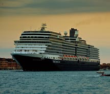 The Nieuw Amsterdam sailed from Venice, Italy, on her inaugural cruise. // © 2010 Holland America Line