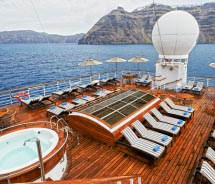 Passengers can enjoy the outdoor view at the Jacuzzi. // © 2012 Windstar Cruises
