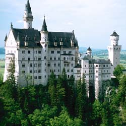 Neuschwanstein Castle near Fussen, Germany // © 2013 German National Tourist Office