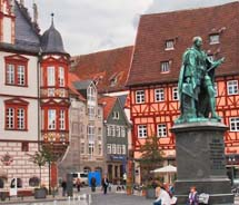 The statue of Prince Albert in Coburg's Markt Square // © 2011 Pride Travel / Marc Kassouf