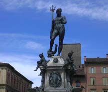 Neptune Fountain in Bologna, Italy // © 2012 Chanize Thorpe