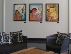 Vintage Frank McIntosh paintings can be found at The Royal Hawaiian's Tower Wing. // © Deanna Ting