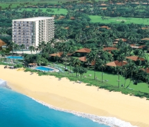 Aerial of Royal Lahaina Resort. // © 2011 Hawaiian Hotels & Resorts