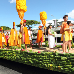 The Aloha Festivals culminates in a lavish floral parade. // © Aloha Festival