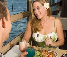 Agents can take advantage of discounts on dining, activities and more.// © 2011 Roberts Hawaii