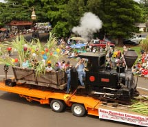 Koloa Plantation Days parade float // © 2012 Kauai Visitors Bureau