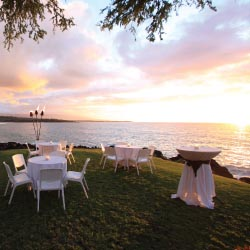Parties can take place next to the ocean at Mauna Kea Resort. // © 2013 Prince Resorts Hawaii