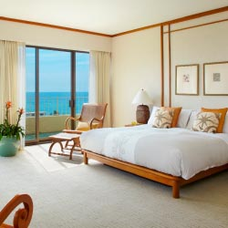 Guestrooms were part of the property's $2.5 million renovation. // © 2013 Aqua Hotels & Resorts