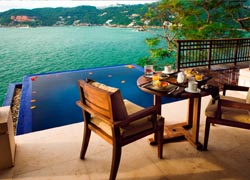 The Banyan Tree Cabo Marques boasts views of Puerto Marques Bay. // (C) 2009 Banyan Tree Cabo Marques