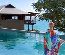Qualia offers seaside views in a lush garden setting. // © 2011 Hamilton Island