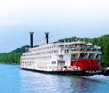 The American Queen will sail Heartland rivers.// (C) 2012 Great American Steamboat Company