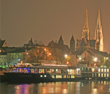Avalon's 2012 holiday cruises sold out. // © 2012 Avalon Waterways