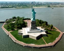 Lady Liberty to Reopen Crown // (c) 2009