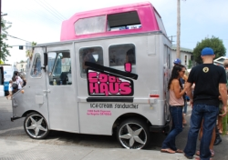 Fave Five Food Trucks: Cool Haus // (c) 2009