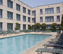 Hyatt Fisherman's Wharf features a heated outdoor pool and jacuzzi in a private courtyard setting // (c) Hyatt Hotels