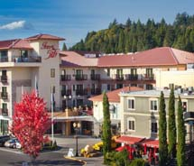 Inn at the 5th is the only AAA Four Diamond hotel in Eugene, Ore. // © 2013 Inn at the 5th