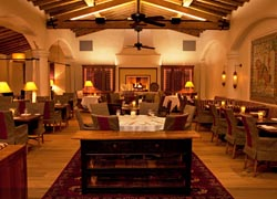 Morgan's in the Desert main dining room // © 2010 La Quinta Resort & Club