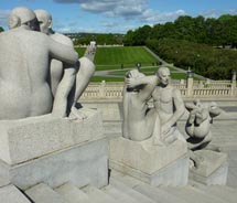 Vigeland Sculpture Park includes more than 200 sculptures. In which city is it located?