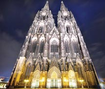 This cathedral can be visited on a Rhine River cruise. In which city is it? // © 2011 Dominic Kamp