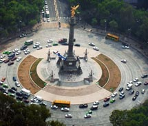 The Angel de la Independencia on Paseo de la Reforma is a symbol of which major city? // © 2011 John Jiménez