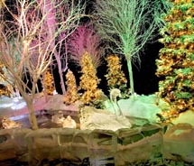 <span>Ice!, a Gaylord Hotels holiday attraction // © 2010 Gaylord Hotels</span>