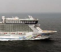 Norwegian Epic // © 2011 Norwegian Cruise Lines