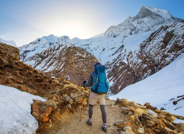 A customized Nepal itinerary may include hiking and visiting meditation retreats. // © 2016 iStock