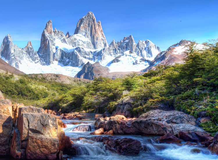 Mount Fitz Roy Trek is located in Parque Nacional Los Glaciers. // © 2015 Creative Commons user chrisschoenbohm