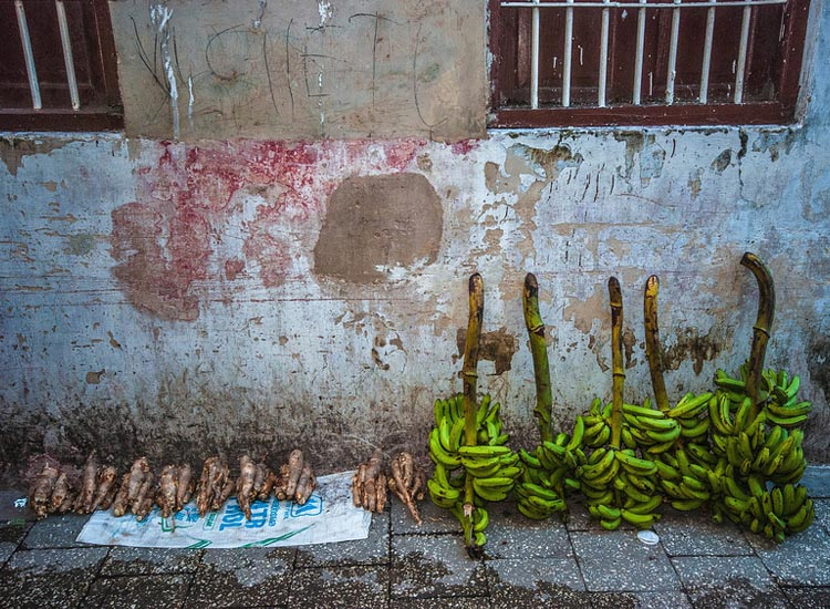 Plaintains and spices, such as ginger, are staples of Zanzibari cuisine. // (c) 2013 Bob Demyan
