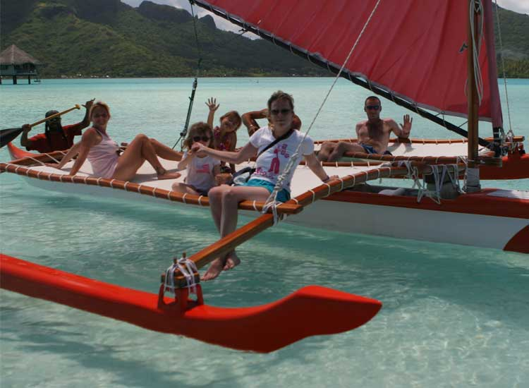 The festival has many family-friendly activities, such as sailing in a Polynesian canoe. // (c) 2013 Wim Lippens