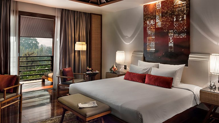 RatiLanna has four room categories available, and the property's decor is elegant and authentically Thai. // © 2017 RatiLanna Riverside Spa Resort Chiang Mai